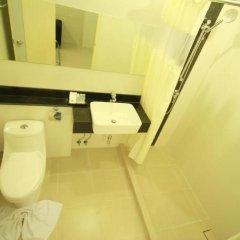 Отель The Palms Residence ванная