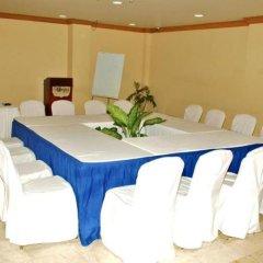 Отель The Wexford Hotel Montego Bay Ямайка, Монтего-Бей - отзывы, цены и фото номеров - забронировать отель The Wexford Hotel Montego Bay онлайн помещение для мероприятий фото 2