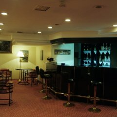 Aden Hotel гостиничный бар