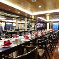 Отель Halong Serenity Cruise Вьетнам, Халонг - отзывы, цены и фото номеров - забронировать отель Halong Serenity Cruise онлайн питание