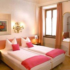 Отель Altstadthotel Wolf Зальцбург комната для гостей фото 4