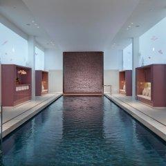 Отель Mandarin Oriental Paris бассейн