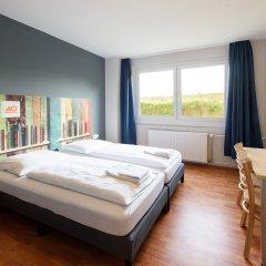 Отель a&o Berlin Kolumbus Германия, Берлин - 2 отзыва об отеле, цены и фото номеров - забронировать отель a&o Berlin Kolumbus онлайн комната для гостей фото 4