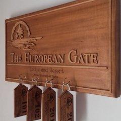 Отель The European Gate ванная фото 2