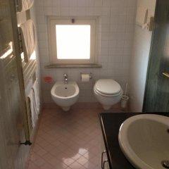 Отель Alexander Италия, Нумана - отзывы, цены и фото номеров - забронировать отель Alexander онлайн ванная