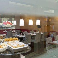 Отель Holiday Inn Vienna City питание фото 2