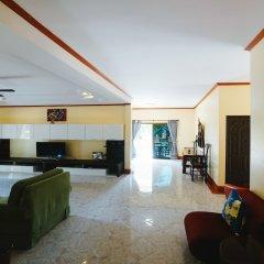 Отель 5 Bedrooms Pool Villa Behind Phuket Z00 Таиланд, Бухта Чалонг - отзывы, цены и фото номеров - забронировать отель 5 Bedrooms Pool Villa Behind Phuket Z00 онлайн комната для гостей фото 5