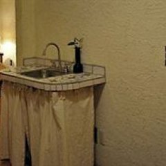 Отель Hotelito de las Colonias Мексика, Гвадалахара - отзывы, цены и фото номеров - забронировать отель Hotelito de las Colonias онлайн удобства в номере