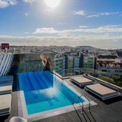 Отель Hf Fenix Music Лиссабон бассейн