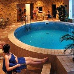 Отель Toss Hotel Латвия, Рига - 11 отзывов об отеле, цены и фото номеров - забронировать отель Toss Hotel онлайн бассейн фото 3