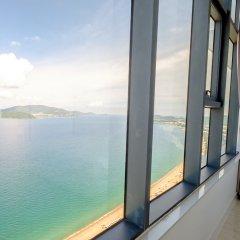 Апартаменты Sunrise Ocean View Apartment Нячанг балкон