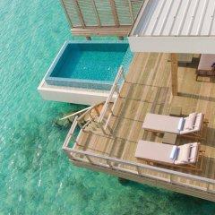 Отель Dhigali Maldives Мальдивы, Медупару - отзывы, цены и фото номеров - забронировать отель Dhigali Maldives онлайн бассейн фото 3