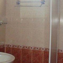 Отель Astra Болгария, Равда - отзывы, цены и фото номеров - забронировать отель Astra онлайн ванная фото 2