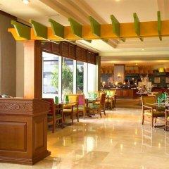 Отель Pacific Star Resort And Spa Тамунинг гостиничный бар