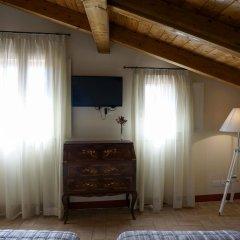 Отель Casa Isolani Santo Stefano Италия, Болонья - отзывы, цены и фото номеров - забронировать отель Casa Isolani Santo Stefano онлайн удобства в номере