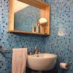 Отель House Of Papers Португалия, Лиссабон - отзывы, цены и фото номеров - забронировать отель House Of Papers онлайн ванная фото 2