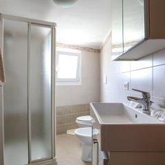 Отель Jerry's Apartment Италия, Маргера - отзывы, цены и фото номеров - забронировать отель Jerry's Apartment онлайн ванная