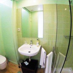 Отель Dukes Corner Guest House ванная