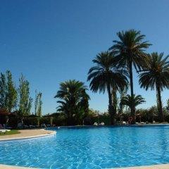 Отель Devesa Gardens Camping & Resort бассейн