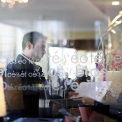 Отель Warwick Geneva гостиничный бар