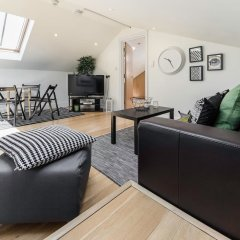 Отель Cosy 1 bedroom in Belsize Park Лондон комната для гостей