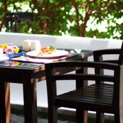 Отель Eastin Easy Siam Piman Бангкок в номере