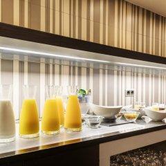 Hotel ILUNION Almirante питание