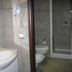 Отель Faenza Италия, Милан - отзывы, цены и фото номеров - забронировать отель Faenza онлайн ванная