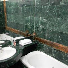 Отель Royal Road Residence ванная