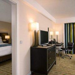 Renaissance Amsterdam Hotel 5* Стандартный номер с различными типами кроватей фото 25