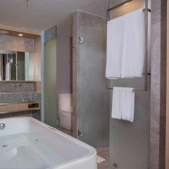 Отель La Vela Khao Lak ванная фото 2