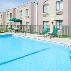 Отель extend a suites бассейн