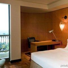 Sheraton Abu Dhabi Hotel & Resort комната для гостей