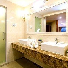 Отель Ladalat Hotel Вьетнам, Далат - отзывы, цены и фото номеров - забронировать отель Ladalat Hotel онлайн ванная фото 2