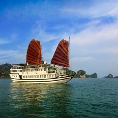 Отель Carina Cruise Halong Bay пляж