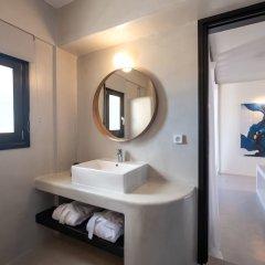 Отель IfestAu.4 Греция, Остров Санторини - отзывы, цены и фото номеров - забронировать отель IfestAu.4 онлайн ванная фото 2