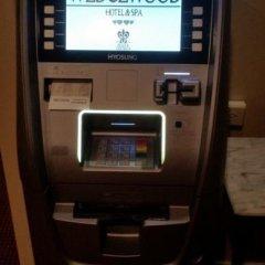 Отель Wedgewood Hotel & Spa Канада, Ванкувер - отзывы, цены и фото номеров - забронировать отель Wedgewood Hotel & Spa онлайн банкомат