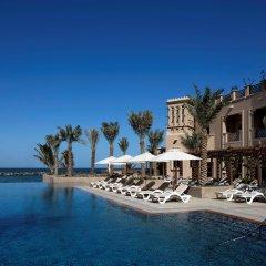 Отель Sheraton Sharjah Beach Resort & Spa ОАЭ, Шарджа - - забронировать отель Sheraton Sharjah Beach Resort & Spa, цены и фото номеров бассейн фото 2