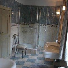 Отель Holiday Home De Colve ванная