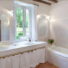 Отель Les Prés d'Eugénie Эжени-ле-Бен ванная фото 2