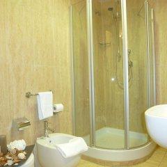Отель Euro House Rome Airport Италия, Фьюмичино - 1 отзыв об отеле, цены и фото номеров - забронировать отель Euro House Rome Airport онлайн ванная фото 2