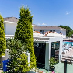 Vela Garden Resort Турция, Чешме - отзывы, цены и фото номеров - забронировать отель Vela Garden Resort онлайн бассейн фото 2