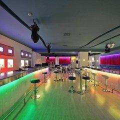 Karinna Hotel Convention & Spa Турция, Бурса - отзывы, цены и фото номеров - забронировать отель Karinna Hotel Convention & Spa онлайн гостиничный бар