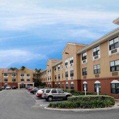 Отель Extended Stay America - Los Angeles - Woodland Hills США, Лос-Анджелес - отзывы, цены и фото номеров - забронировать отель Extended Stay America - Los Angeles - Woodland Hills онлайн парковка