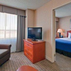 Отель Holiday Inn Hotel & Suites Ottawa Kanata, an IHG Hotel Канада, Оттава - отзывы, цены и фото номеров - забронировать отель Holiday Inn Hotel & Suites Ottawa Kanata, an IHG Hotel онлайн комната для гостей фото 2