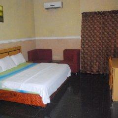 Отель Ritz-Carinton Suites Нигерия, Энугу - отзывы, цены и фото номеров - забронировать отель Ritz-Carinton Suites онлайн комната для гостей