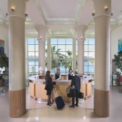 Отель Cavalieri Art Hotel Мальта, Сан Джулианс - 11 отзывов об отеле, цены и фото номеров - забронировать отель Cavalieri Art Hotel онлайн интерьер отеля