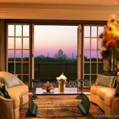 Отель The Oberoi Amarvilas, Agra комната для гостей фото 3