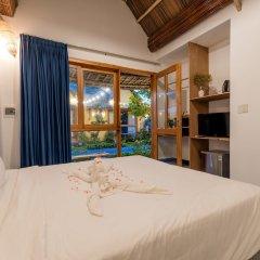 Отель La Belle Anbang Homestay Хойан сейф в номере