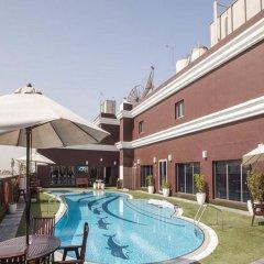Ascot Hotel Дубай бассейн